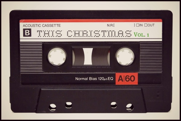 bmixtape_thischristmas1b